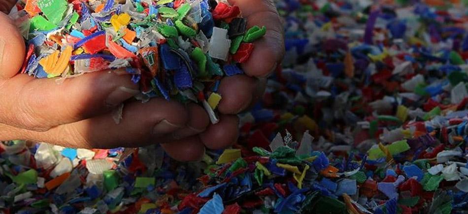 Plastik Endüstrisinde İş Sağlığı Güvenliği - Erataş İş Güvenliği Ekipmanları